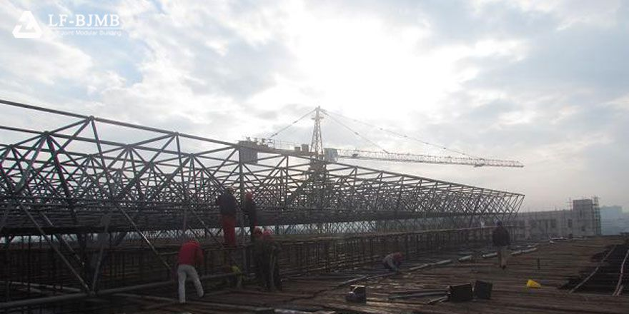 fast installation space frame roof structure