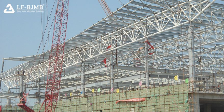 space truss terminal building