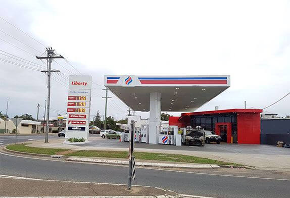 What are the three major measures to prevent the collapse of the gas station space frame?